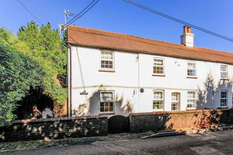 4 Bedrooms Semi Detached House for sale in Horton