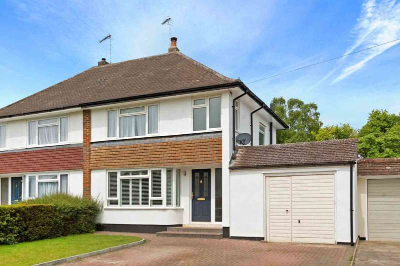 3 Bedrooms Semi Detached House for sale in Windmill Way, Tring