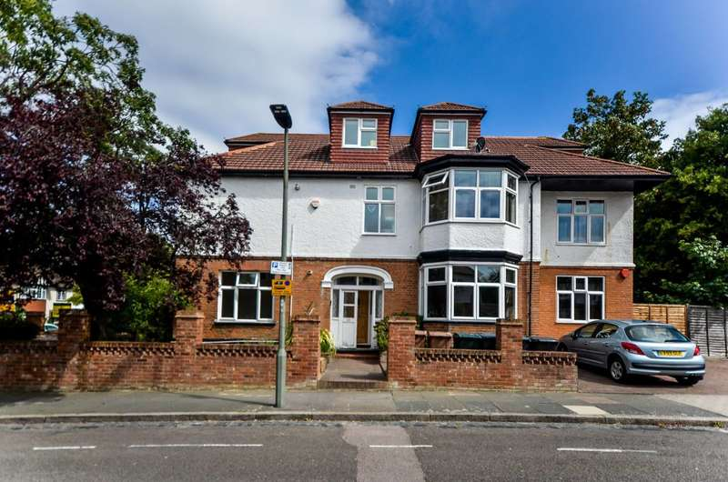 1 Bedroom Flat for sale in London Lane, Bromley, BR1