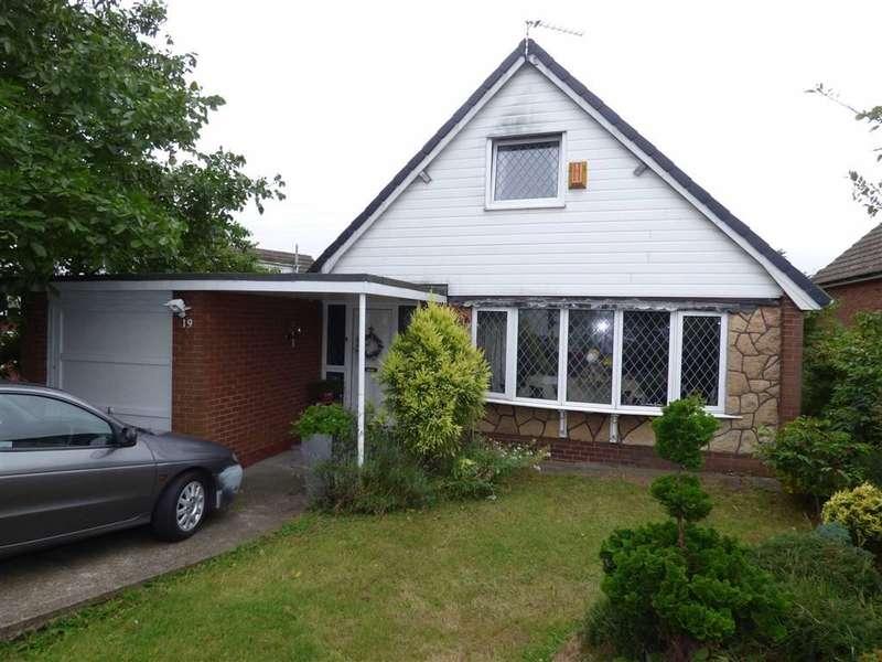 4 Bedrooms Property for sale in Pennine Way, Scissett, Huddersfield, HD8