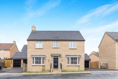 4 Bedrooms Detached House for sale in Oak Lane, Kings Cliffe, Peterborough, Northamptonshire