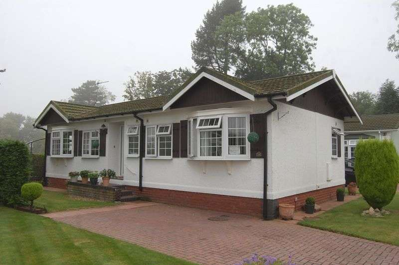 2 Bedrooms Detached Bungalow for sale in Silver Poplars, Kingswood, Near Albrighton