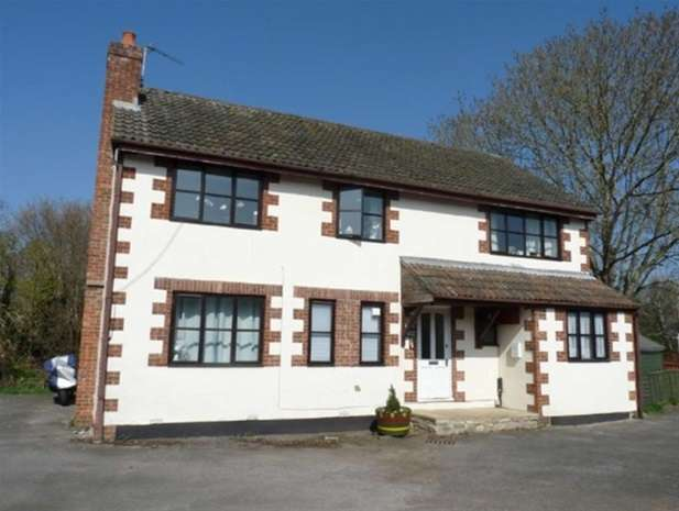 4 Bedrooms Flat for sale in Axe Road, Wookey, Wells