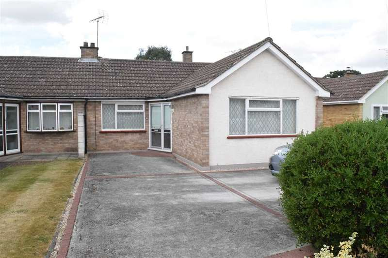 2 Bedrooms Bungalow for sale in Sherborne Road, Old Springfield, Chelmsford