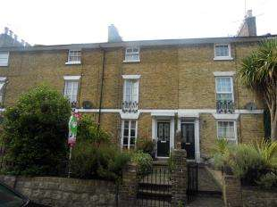 4 Bedrooms Terraced House for sale in Bower Place, Maidstone, Kent