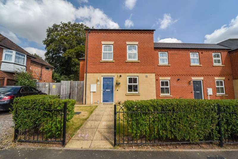 4 Bedrooms End Of Terrace House for sale in Goscote Hall Road, Leicester, Leicestershire, LE4