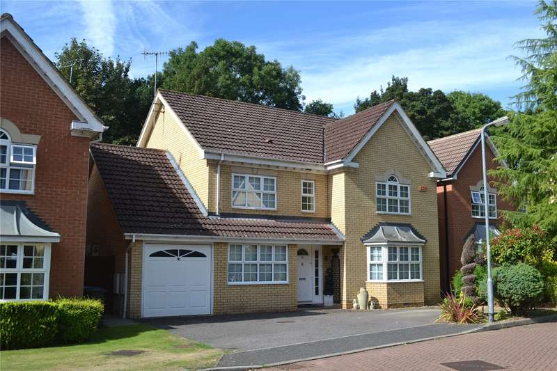 4 Bedrooms Detached House for sale in Tunnel Wood Road, Watford, Hertfordshire, WD17