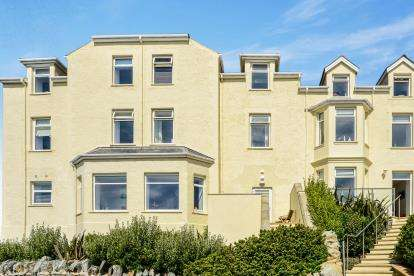 3 Bedrooms Flat for sale in Cliff Apartments, Lon Y Don, Trearddur Bay, Holyhead, LL65