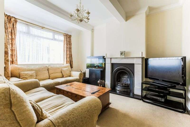 3 Bedrooms Terraced House for sale in Glenister Park Road, London