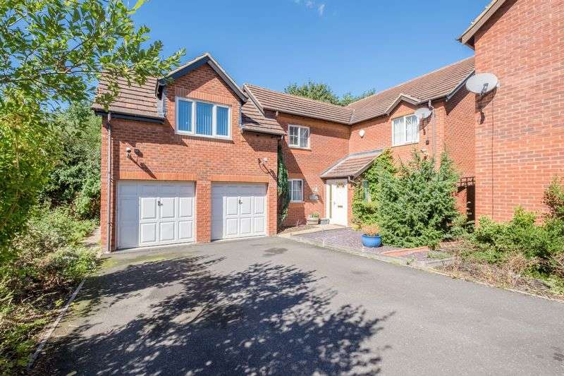 4 Bedrooms Detached House for sale in Ullswater Close Higham Ferrers
