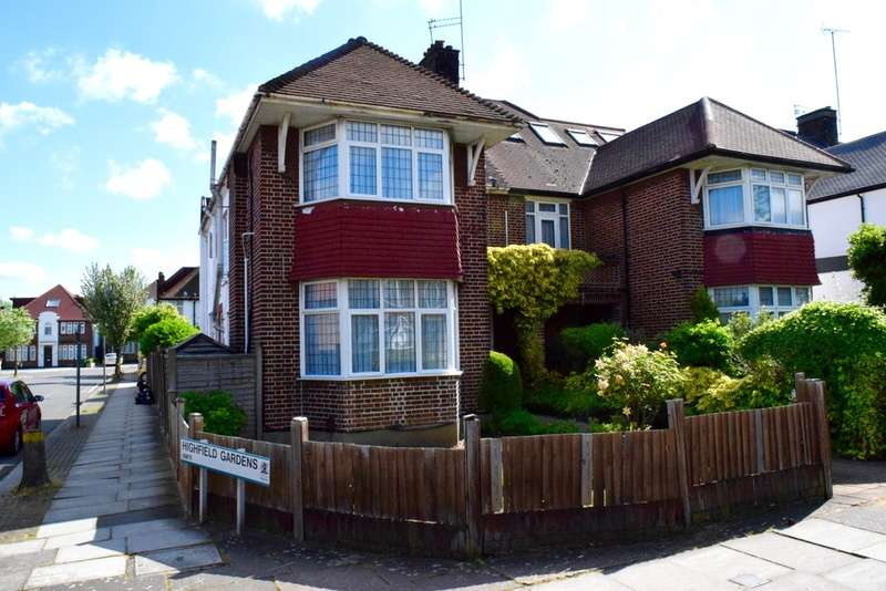 4 Bedrooms Semi Detached House for sale in WESTERN AVENUE, GOLDERS GREEN, LONDON, NW11