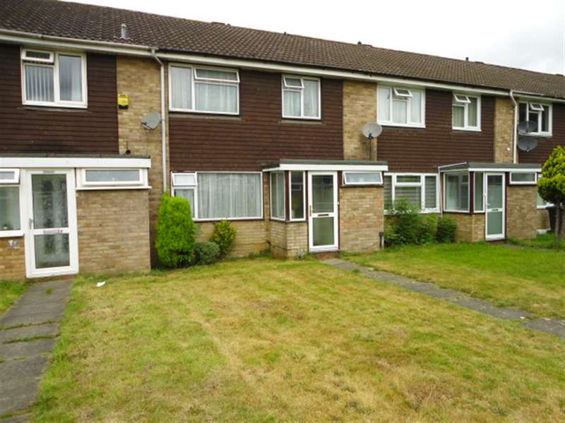 3 Bedrooms Terraced House for sale in Goodman Park, Slough, Berkshire, SL2 5NL