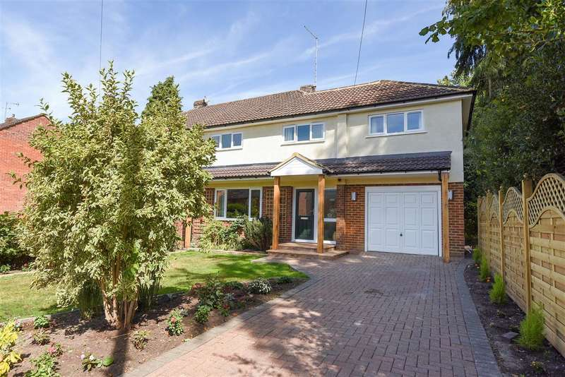 4 Bedrooms Semi Detached House for sale in Pinewood Avenue, Crowthorne