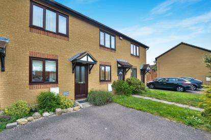 2 Bedrooms Terraced House for sale in Tallis Lane, Browns Wood, Milton Keynes