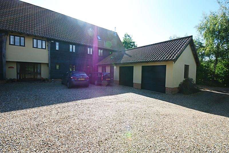 5 Bedrooms Barn Conversion Character Property for sale in The Common, Mellis, Eye