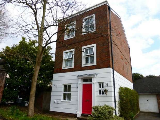 4 Bedrooms Detached House for sale in Wighton Mews, Isleworth, Middlesex