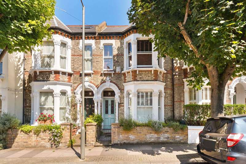 3 Bedrooms Terraced House for sale in Taybridge Road, London, SW11