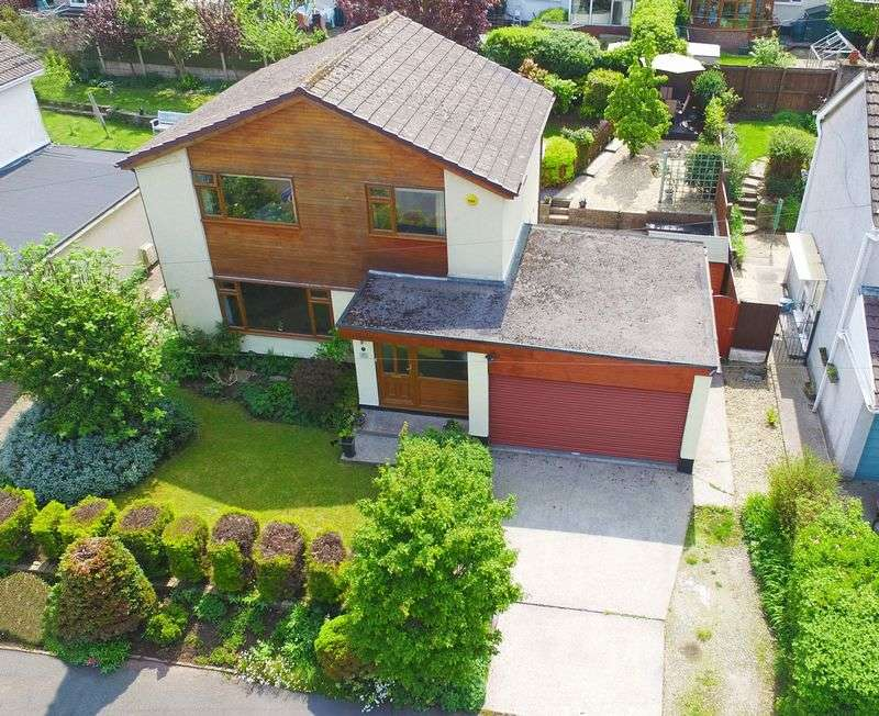 4 Bedrooms Detached House for sale in Govilon, Abergavenny