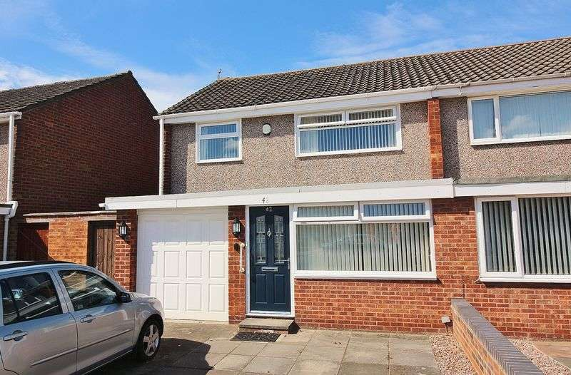 3 Bedrooms Semi Detached House for sale in Somerset Drive, Ainsdale