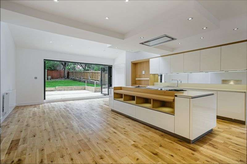 5 Bedrooms Terraced House for sale in Pollards Hill East, London