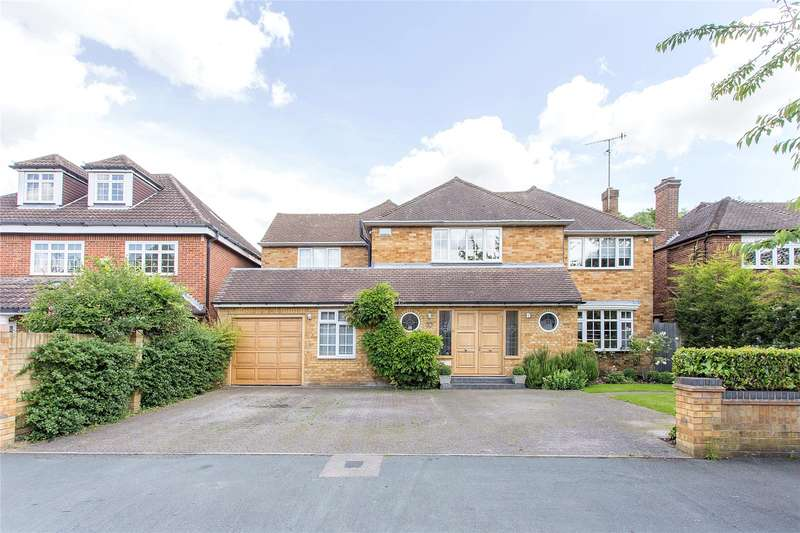 5 Bedrooms Detached House for sale in Woodlands Road, Bushey, Hertfordshire, WD23
