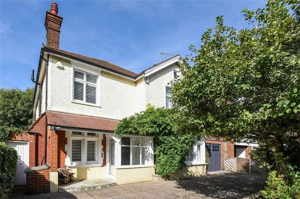 6 Bedrooms Detached House for sale in Cole Park Road, Twickenham