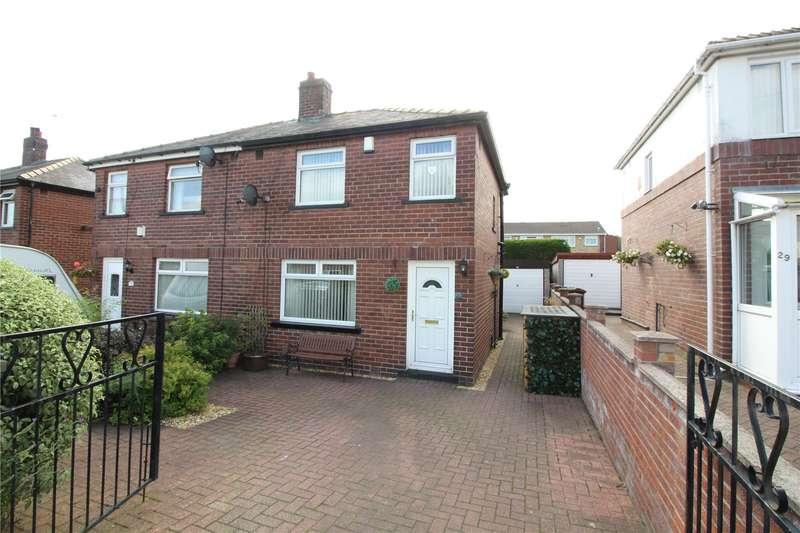 3 Bedrooms Semi Detached House for sale in Swinnow Crescent, Pudsey, Leeds, LS28