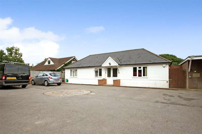 4 Bedrooms Detached Bungalow for sale in Reigate Road, Hookwood, Horley, Surrey, RH6