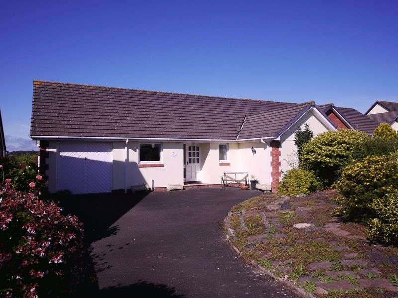 3 Bedrooms Detached Bungalow for sale in Holsworthy