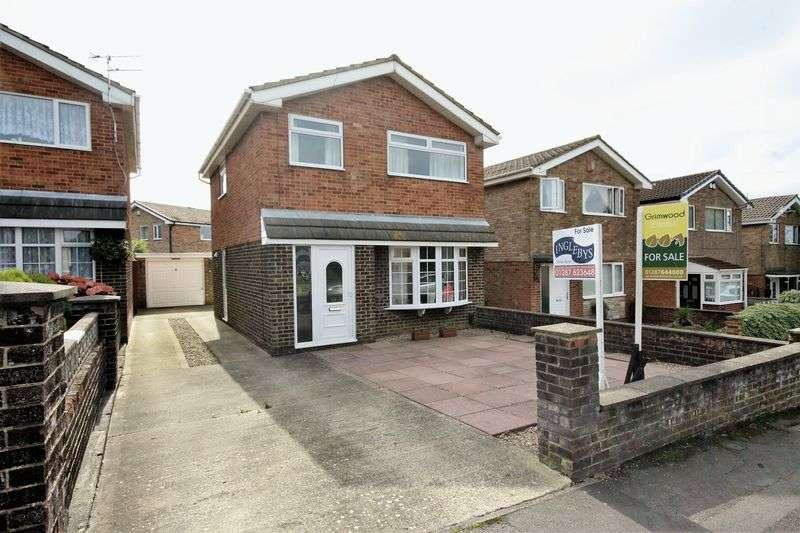 3 Bedrooms Detached House for sale in Poplar Grove, Brotton ***WITH MEDIA TOUR***