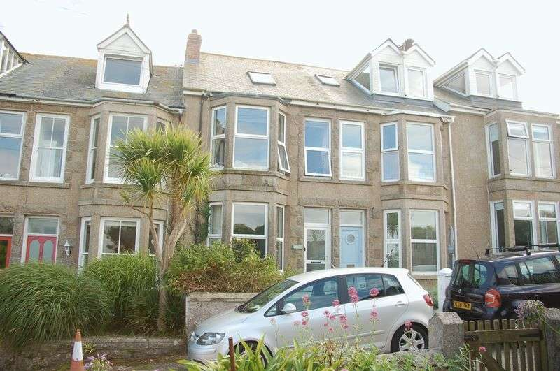 5 Bedrooms Terraced House for sale in Carthew Terrace, St. Ives