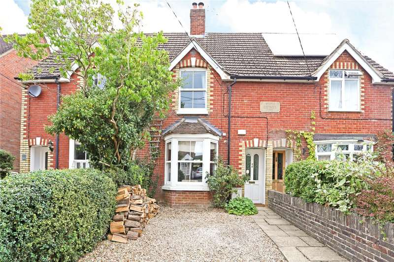 3 Bedrooms Terraced House for sale in Myrtle Cottages, Woodside Road, Chiddingfold, Godalming, GU8