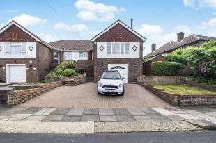 4 Bedrooms Semi Detached House for sale in Selba Drive, Brighton, East Sussex, 7 Selba Drive
