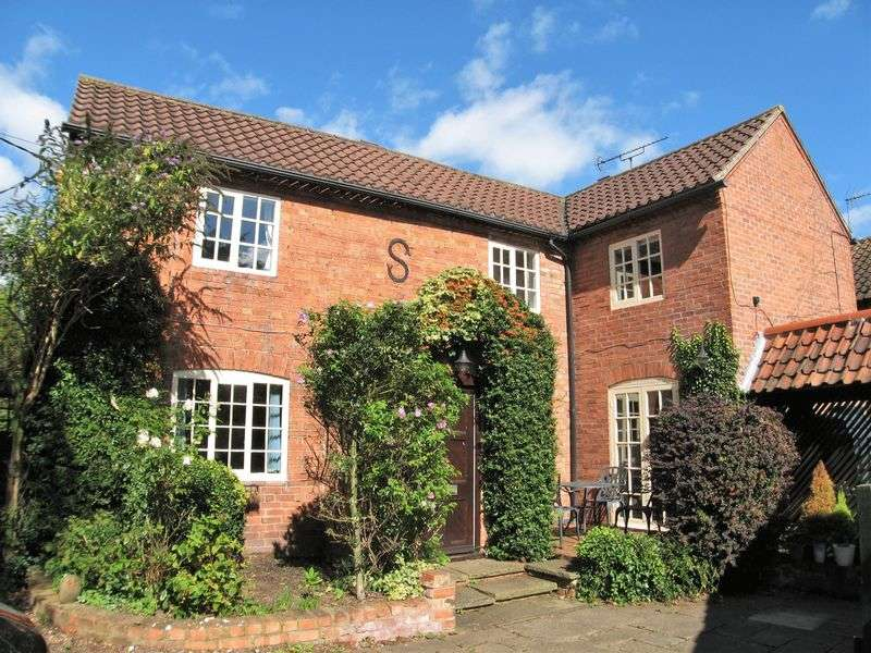 4 Bedrooms Detached House for sale in Starbucks Cottage, Church Street, Shelford