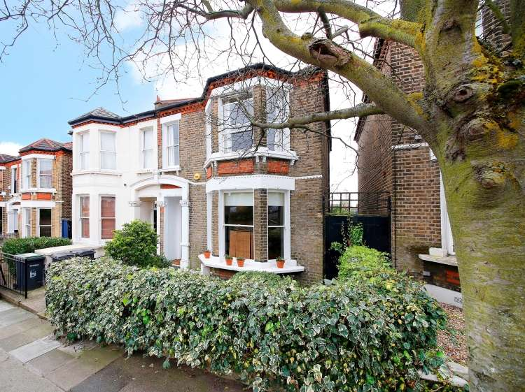 3 Bedrooms Semi Detached House for sale in Vesta Road Brockley SE4