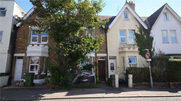 1 Bedroom Maisonette Flat for sale in Grosvenor Road, Aldershot, Hampshire