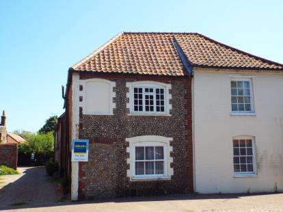 2 Bedrooms Terraced House for sale in Holt, Norfolk