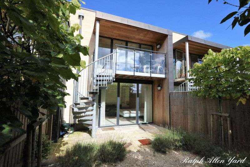 2 Bedrooms Terraced House for sale in Rockhall Lane, Bath