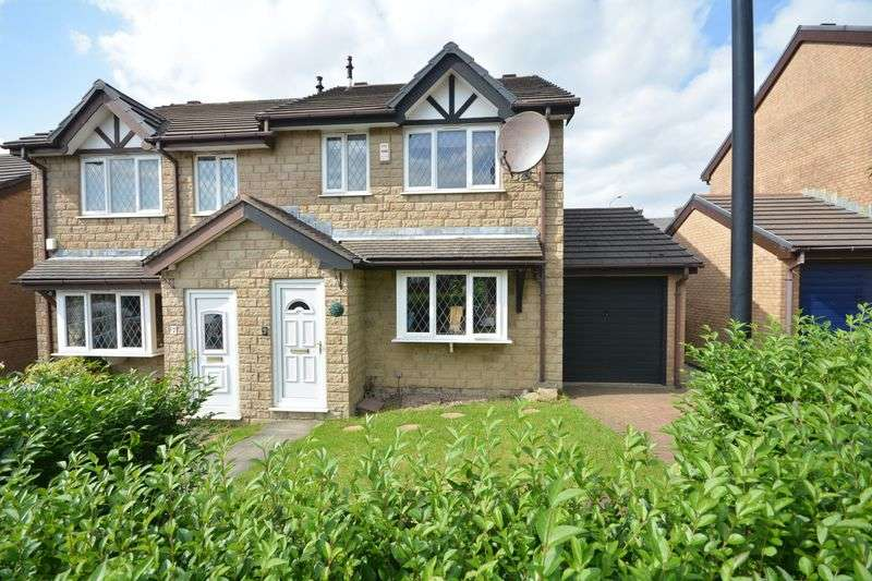 3 Bedrooms Semi Detached House for sale in Wellfield, Clayton-Le-Moors