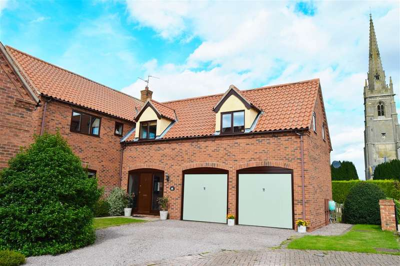 5 Bedrooms Detached House for sale in Church Meadow, Claypole, Newark