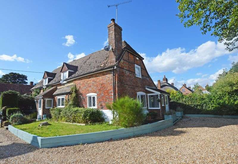 4 Bedrooms Detached House for sale in Lower Farringdon, Alton, Hampshire