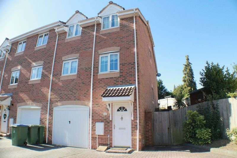 3 Bedrooms House for sale in Badgers Copse, Park Gate
