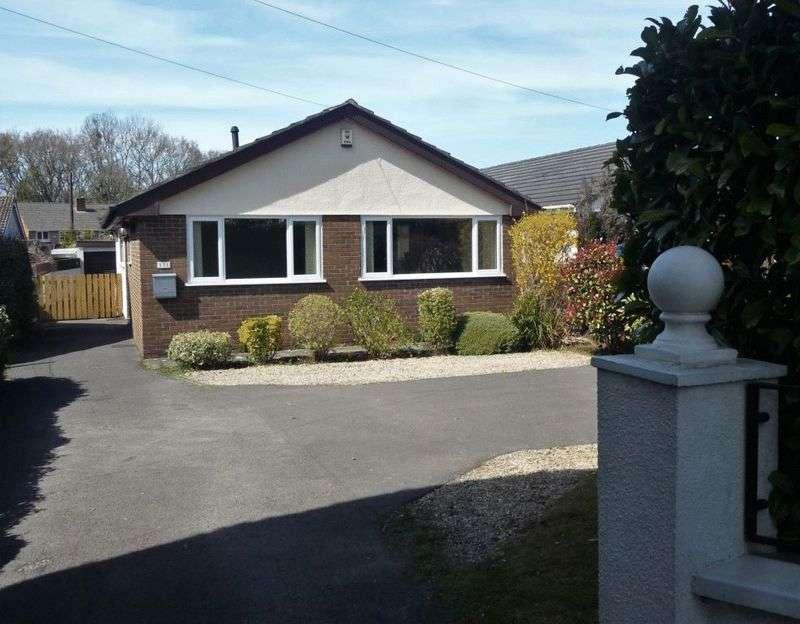 3 Bedrooms Detached Bungalow for sale in Badminton Road, Coalpit Heath