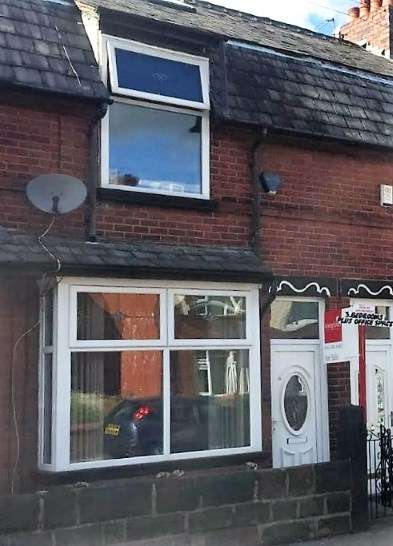 3 Bedrooms Terraced House for sale in Lord Street, Dukinfield, Greater Manchester
