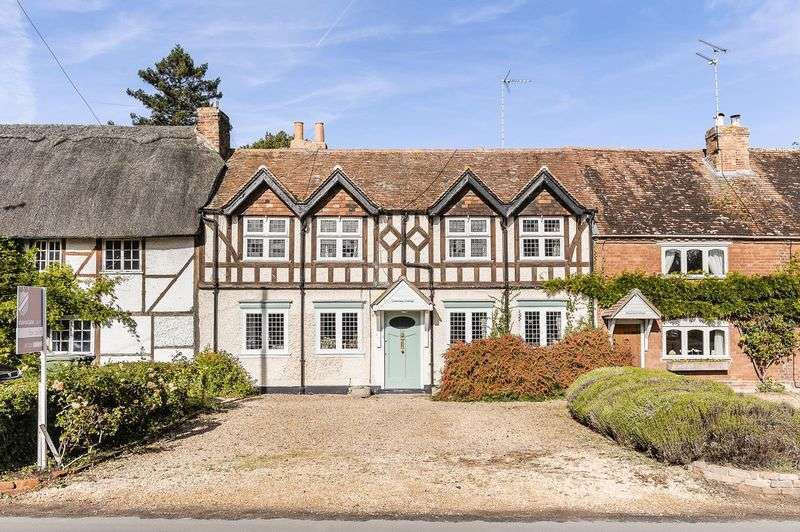 4 Bedrooms Cottage House for sale in 25 Church Street, Sutton Courtenay