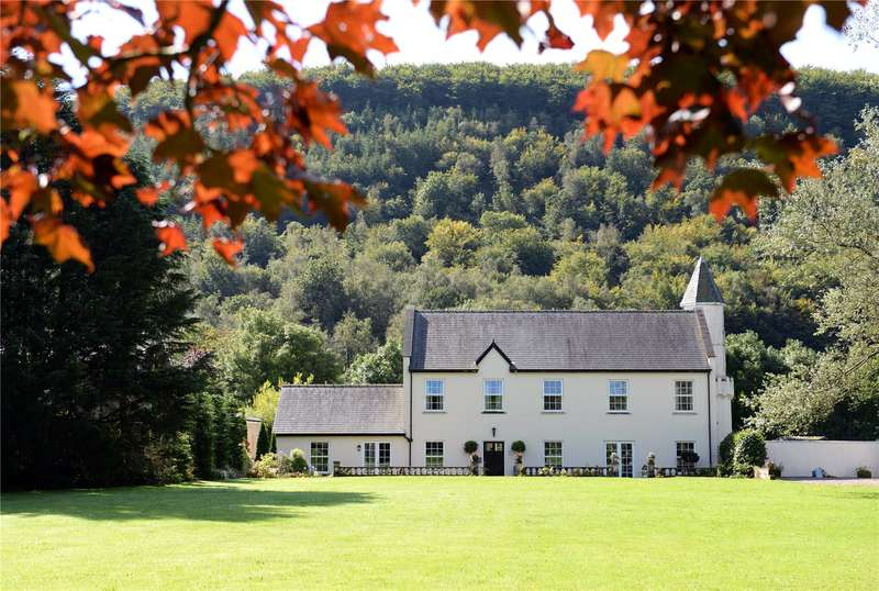 3 Bedrooms House for sale in Ty Glangwili, Llanllawddog, Carmarthen, Carmarthenshire