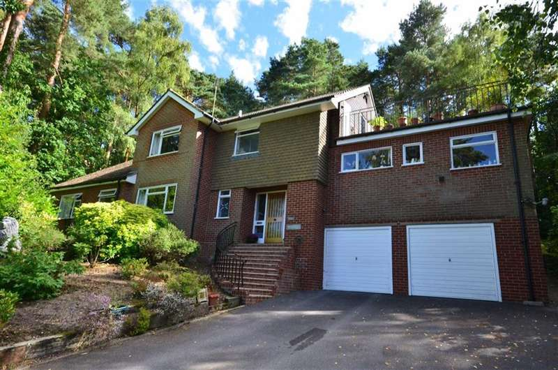 5 Bedrooms Property for sale in Longdown Close, Lower Bourne, Farnham