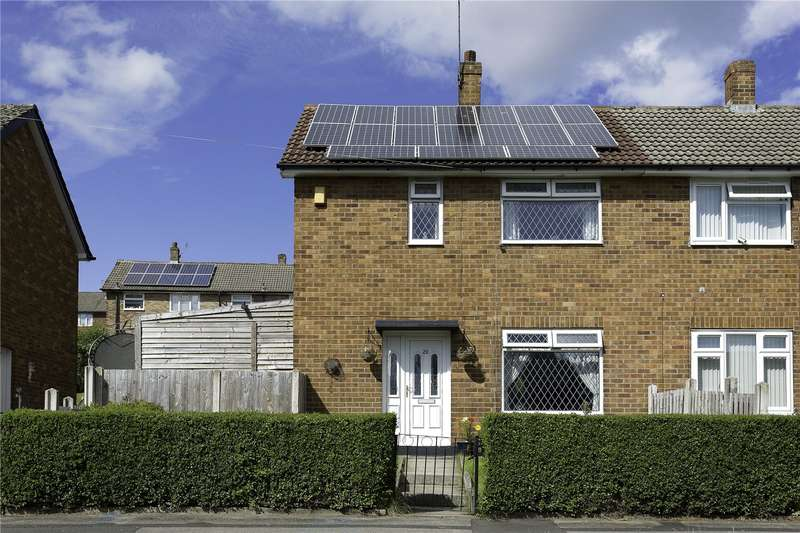 2 Bedrooms Semi Detached House for sale in Farrow Road, Leeds, West Yorkshire, LS12