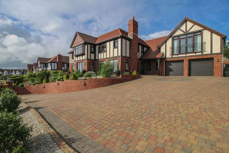 5 Bedrooms Detached House for sale in Manor Park, Onchan