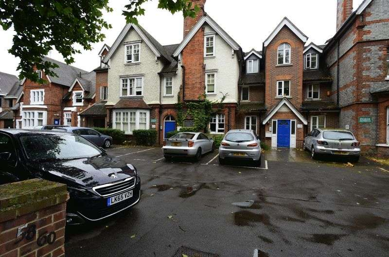 1 Bedroom Flat for sale in London Road, Reading